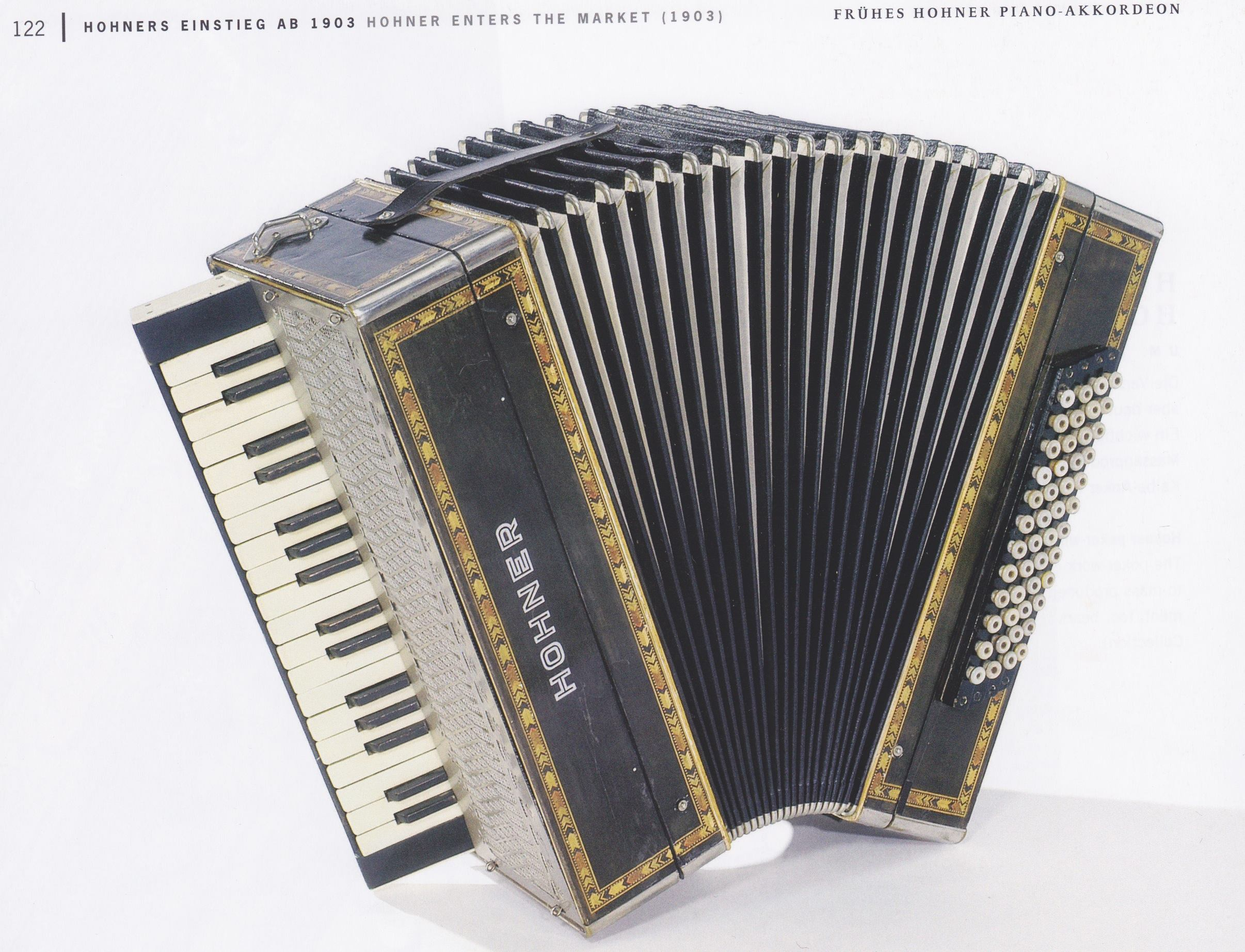 a really old piano accordion how old good question accordion uprising. Black Bedroom Furniture Sets. Home Design Ideas
