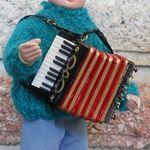 etc - doll accordion