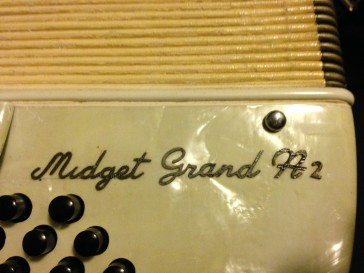 Soprani Midget Grand ?? 2