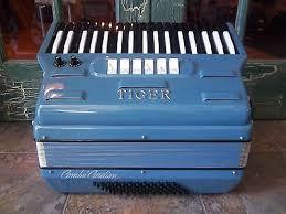 Blue Tiger with Black/White reversed keys