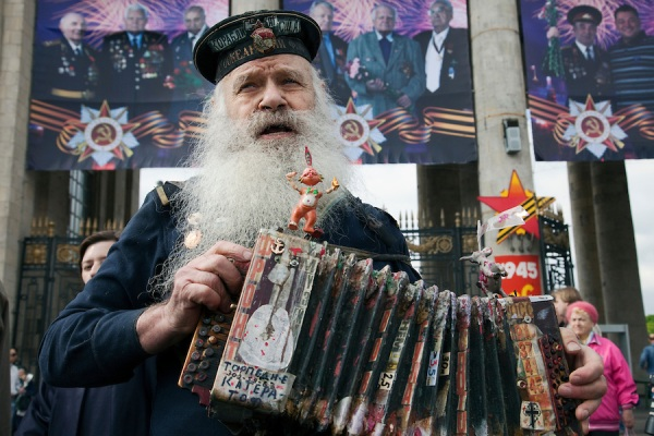 Russian Veterans Celebrate Victory Day 2011