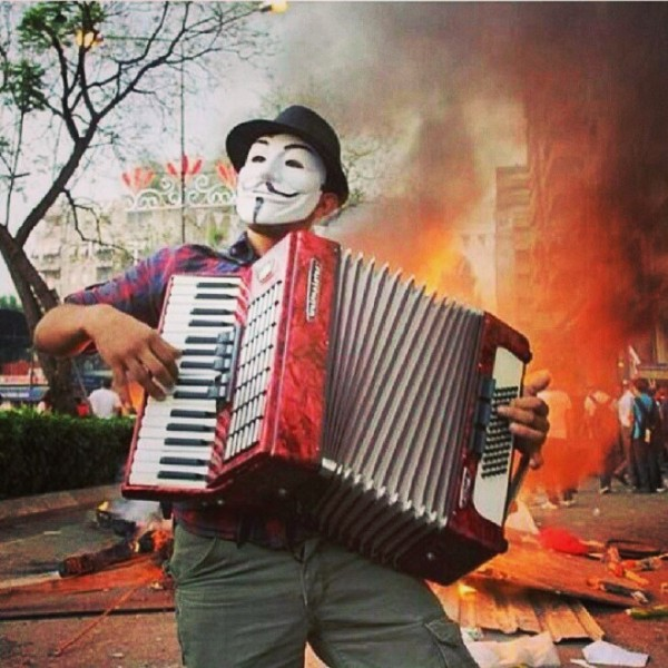 Anonymous-Accordion-Player-during-Turkey-protests-X-post-from-ranonymous-Imgur.jpg