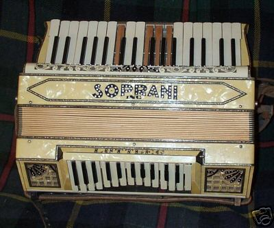 Old Luttbeg piano-bass keyboard accordion with several broken keys